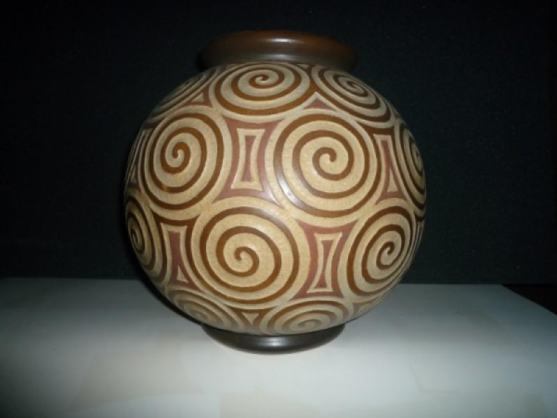 Vase boule décor oriental